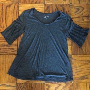 Loft size XS gray crêpe sleeve soft T-shirt